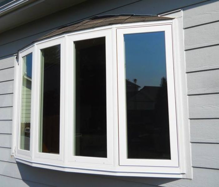 bow windows installed at Dallas home